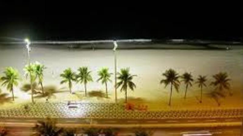 Melhorar a iluminação das praias para incentivar a prática de esportes à noite