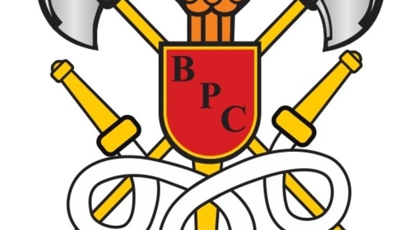 Em favor da  obrigatoriedade de Bombeiros Civis em Estabelecimentos públicos e comerciais - Projeto de Lei N. 956 / 2014