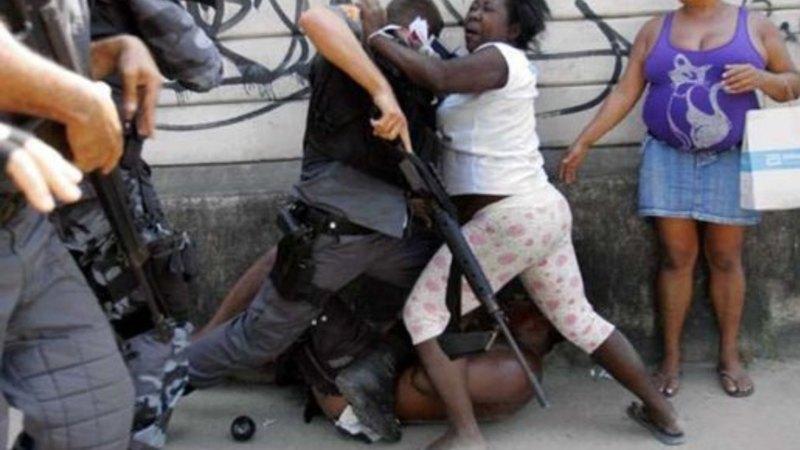 Mulher negra resistencia