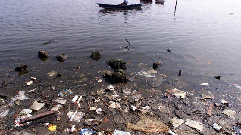 Poluição na Baía de Guanabara, nunca mais!