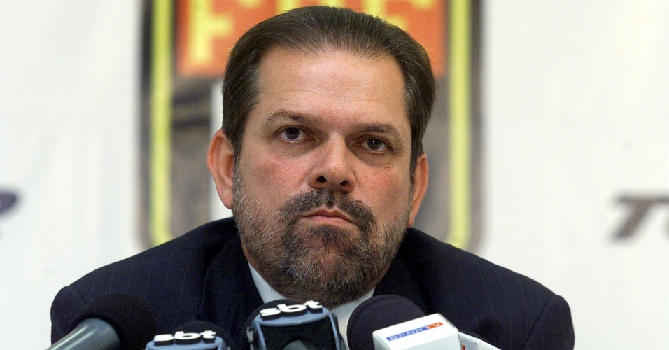 Reinaldo carneiro bastos presidente da fpf 1445882171451 956x500